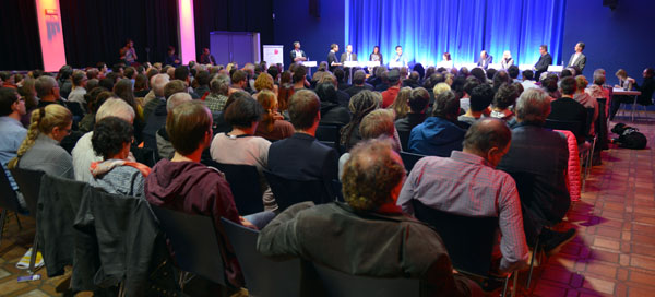 AK Publikum Saal